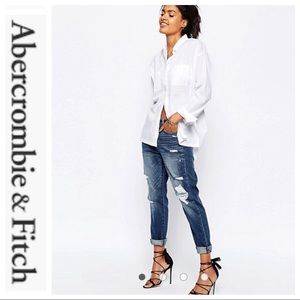 💕SALE💕 Abercrombie & Fitch Distressed Jeans